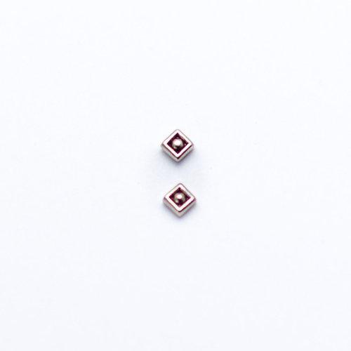 diamond-bead-white-gold-leroi-Obelisk-body-piercing-renton-wa