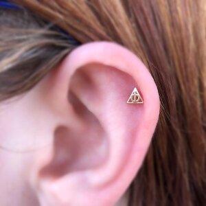 s-abra-Obelisk-Body-Piercing-Fine-Jewlery-Renton-Washington-The-Deathly-Hallows-Helix-Ear-Piercing